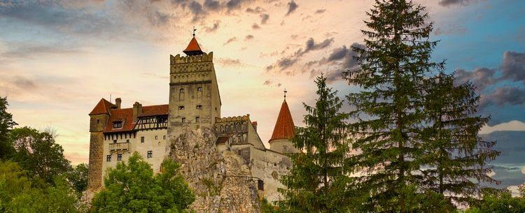DRACULA: VISITIAMO IL CASTELLO IN ROMANIA